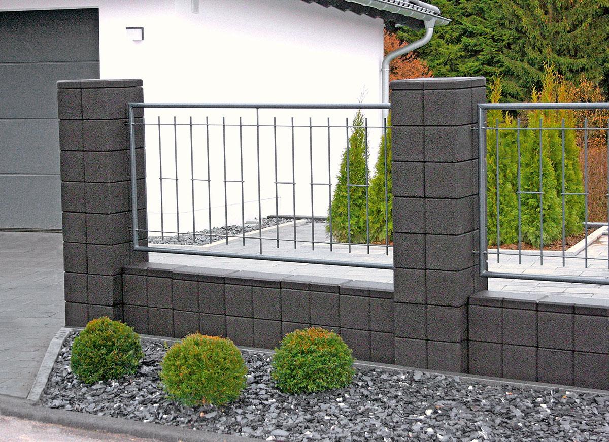 garten mauer zaun gartenzaun sichtschutz wundersch ne gartenmauer vorschl ge sichtschutz zaun. Black Bedroom Furniture Sets. Home Design Ideas